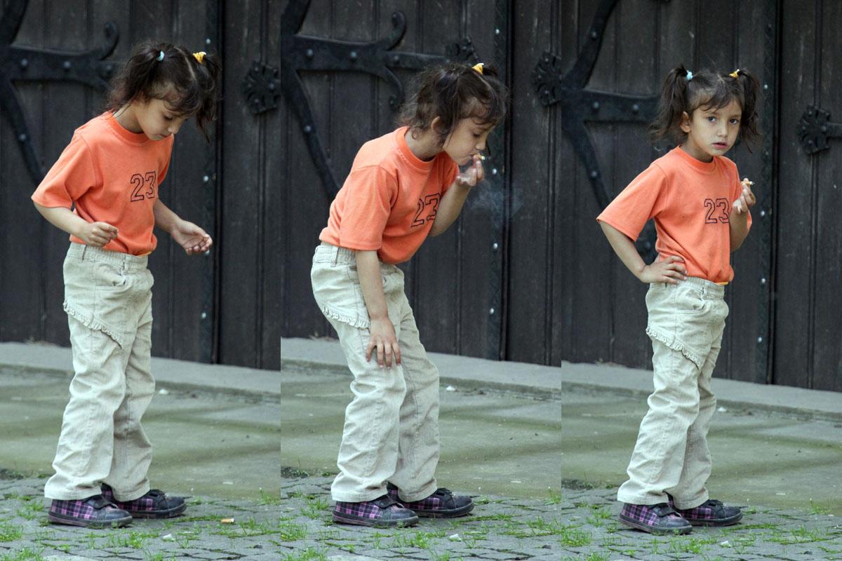 Dievča fajčí ohorok.